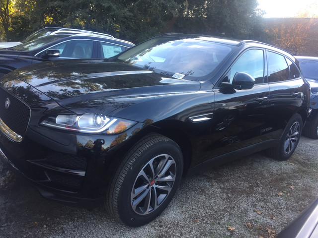 pre owned 2017 jaguar f pace 20d premium suv in charleston ja1623l jaguar west ashley. Black Bedroom Furniture Sets. Home Design Ideas